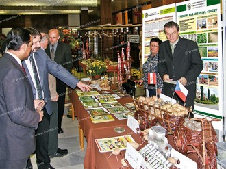 Active participation in agricultural exhibitions